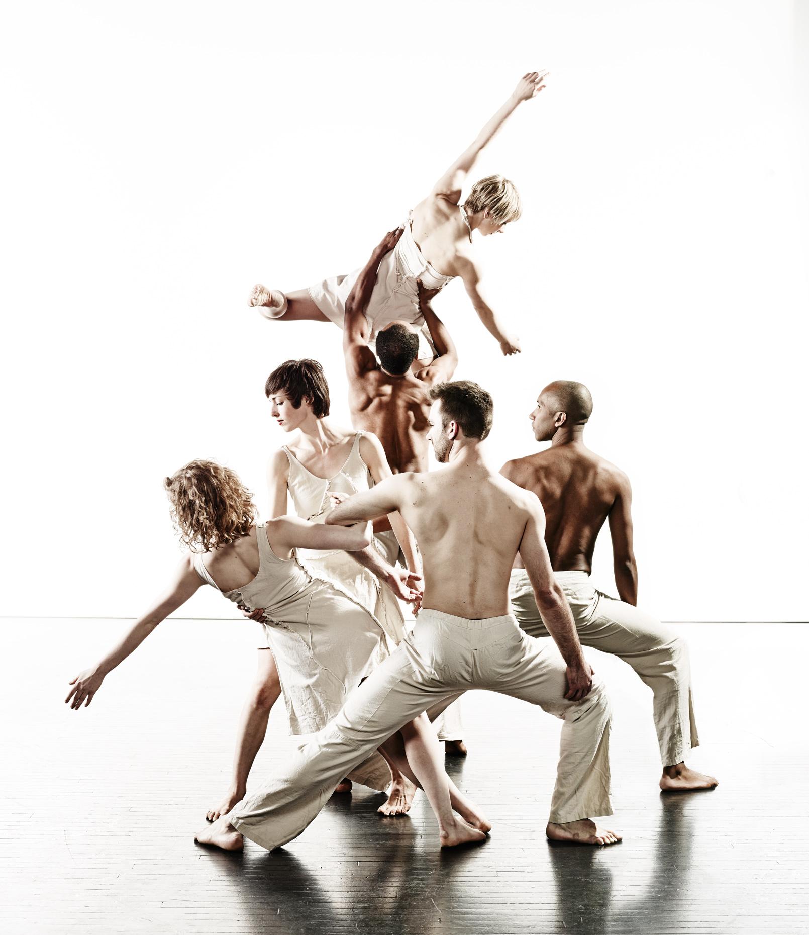 Ririe-Woodbury Derek Israelsen 016 Dancers Together