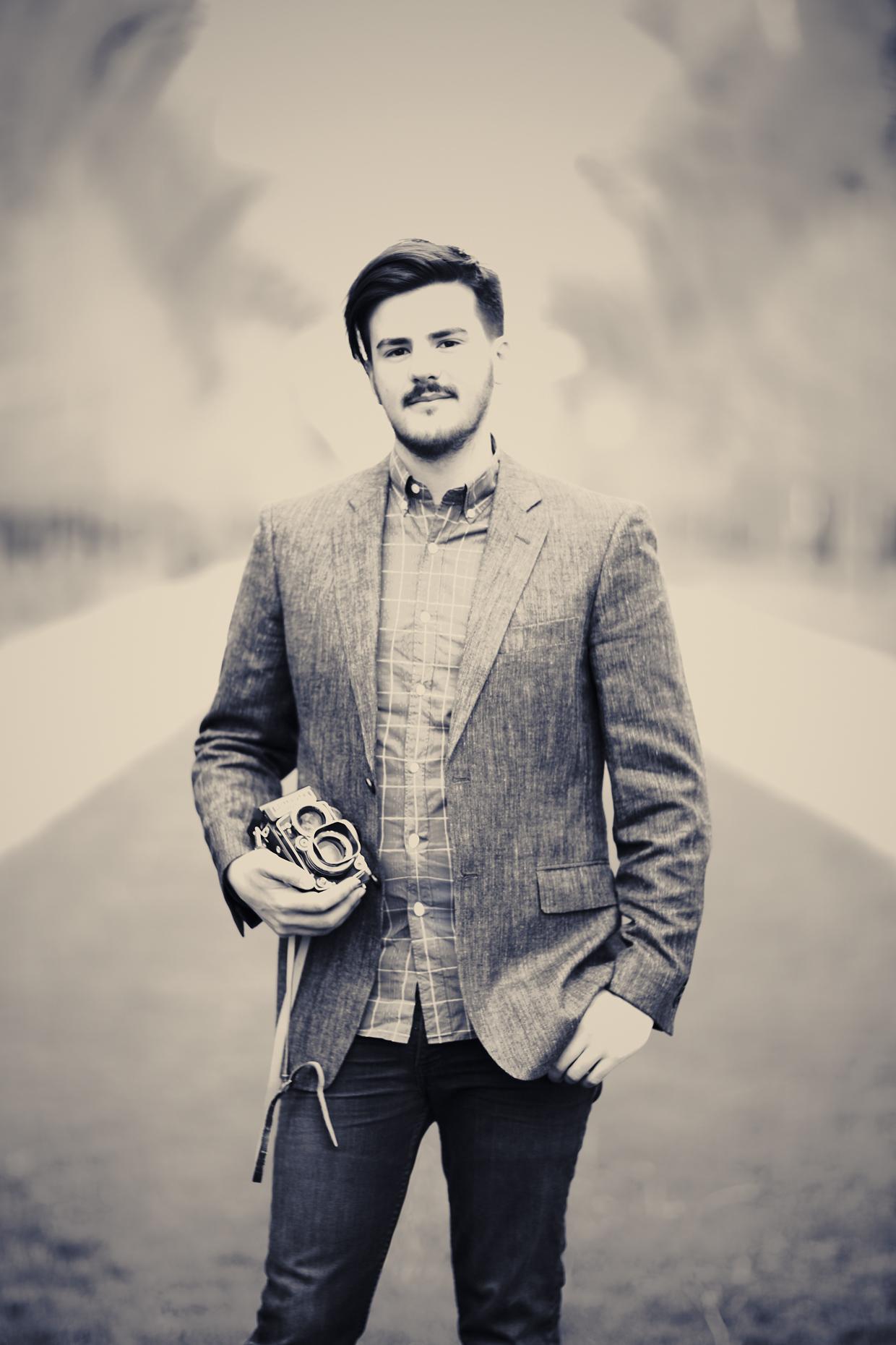 Portrait Photography Derek Israelsen Hipster Vintage Camera Leo Patrone