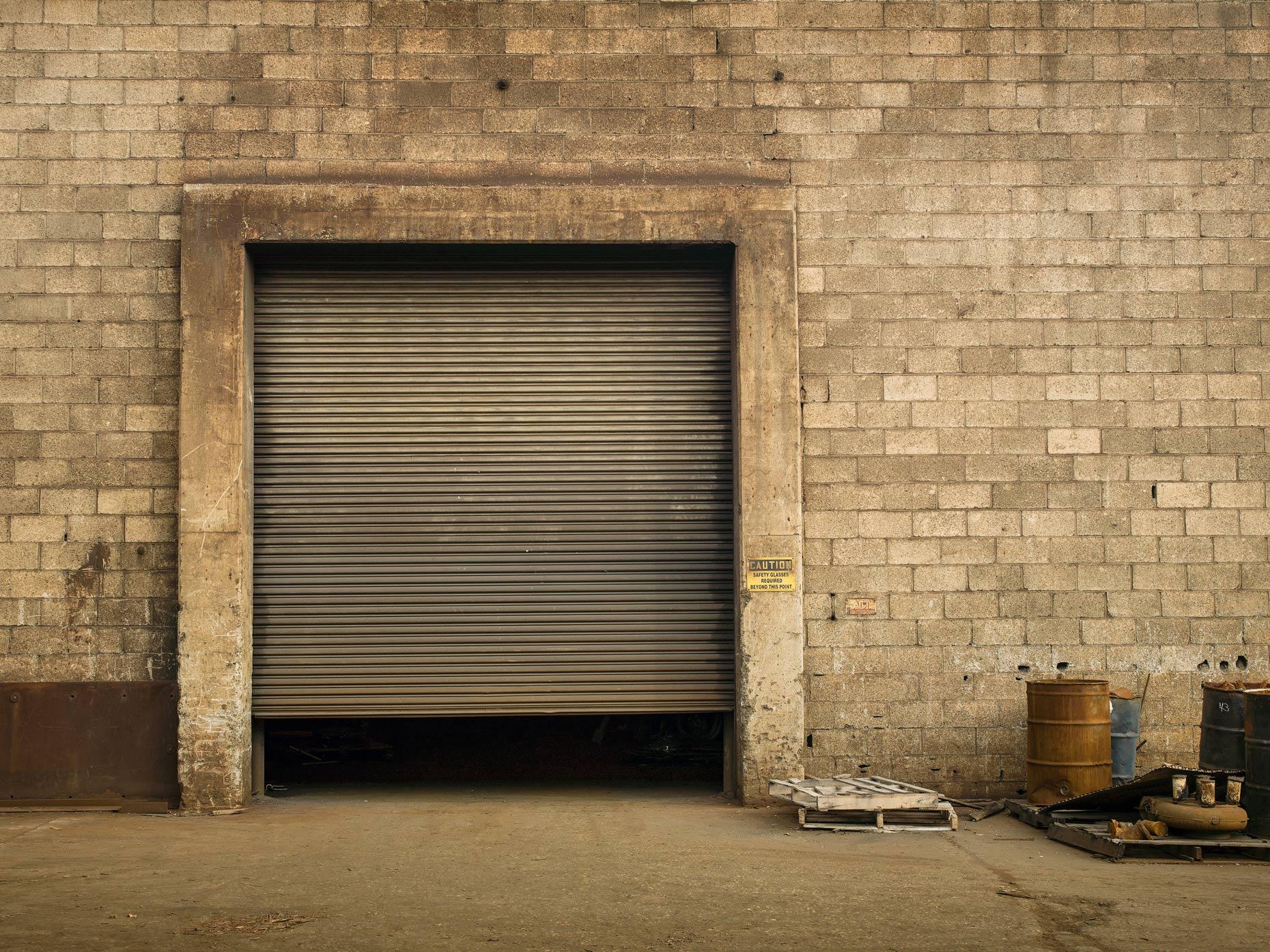 Projects-Editorial-Photography-Derek-Israelsen-010-Garage_Door.jpg
