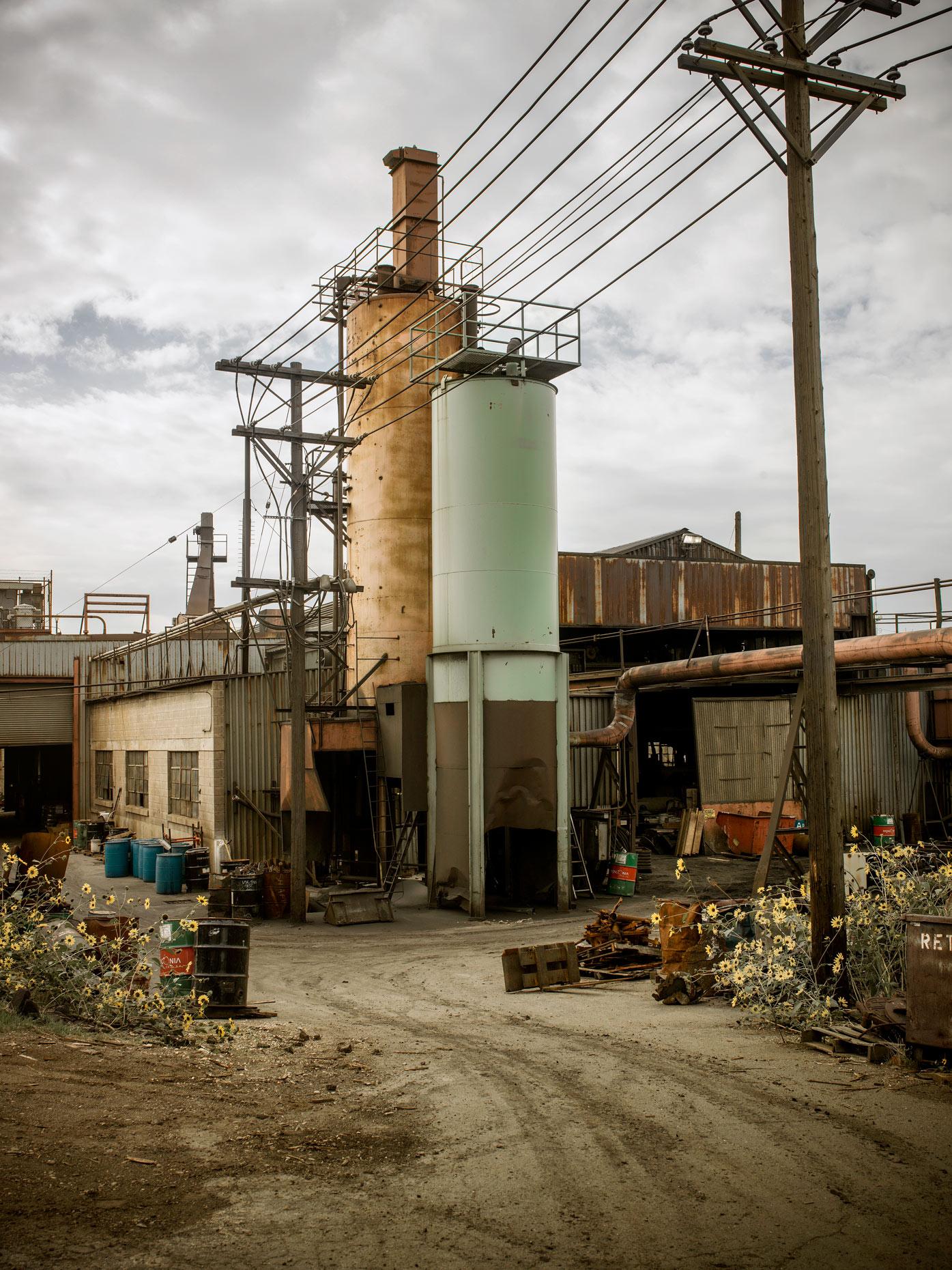 Projects-Editorial-Photography-Derek-Israelsen-018-Sunflower-Foundry.jpg