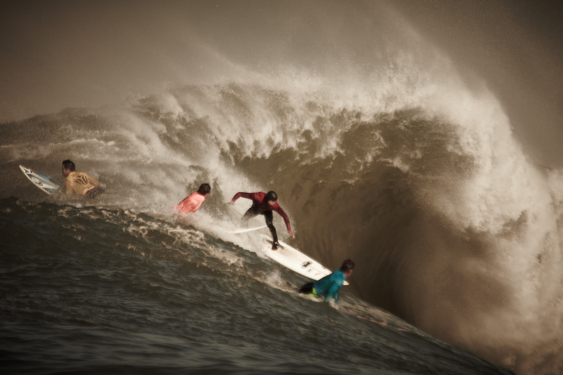 Projects Action Photography Derek Israelsen 010 Surfers Gathering