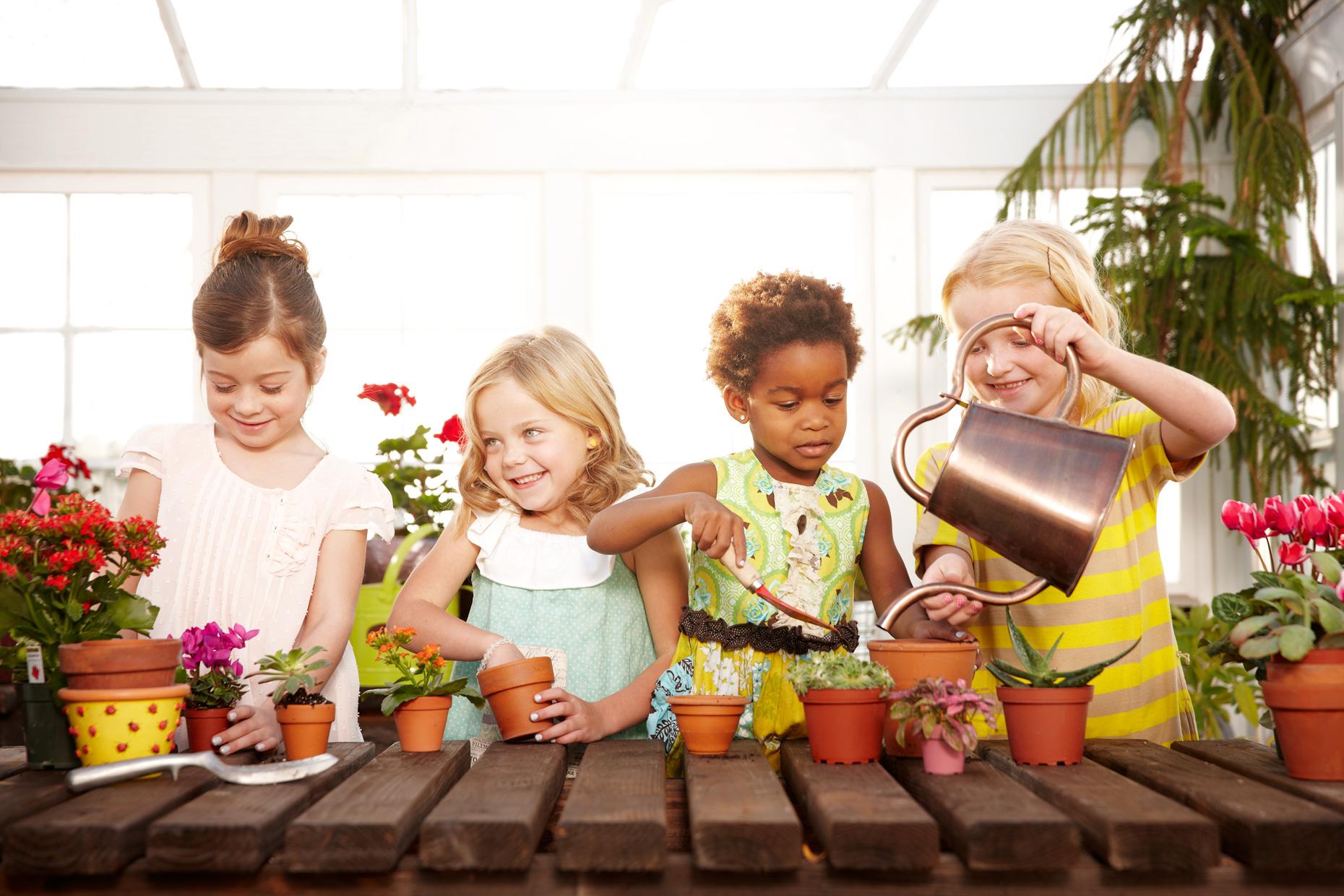 Portrait Photography Derek Israelsen Kids Gardening