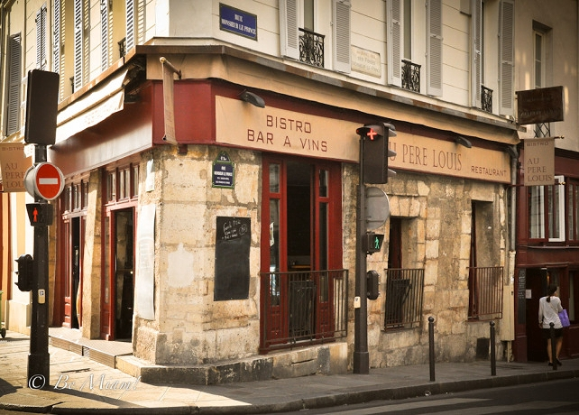 One of my favorite mom-and-pop bistros in Paris, where we enjoyed an incomparable lunch of fish with tarragon sauce.