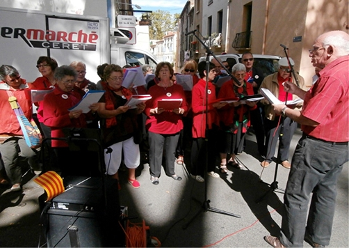 Singers singing Catalonian songs.