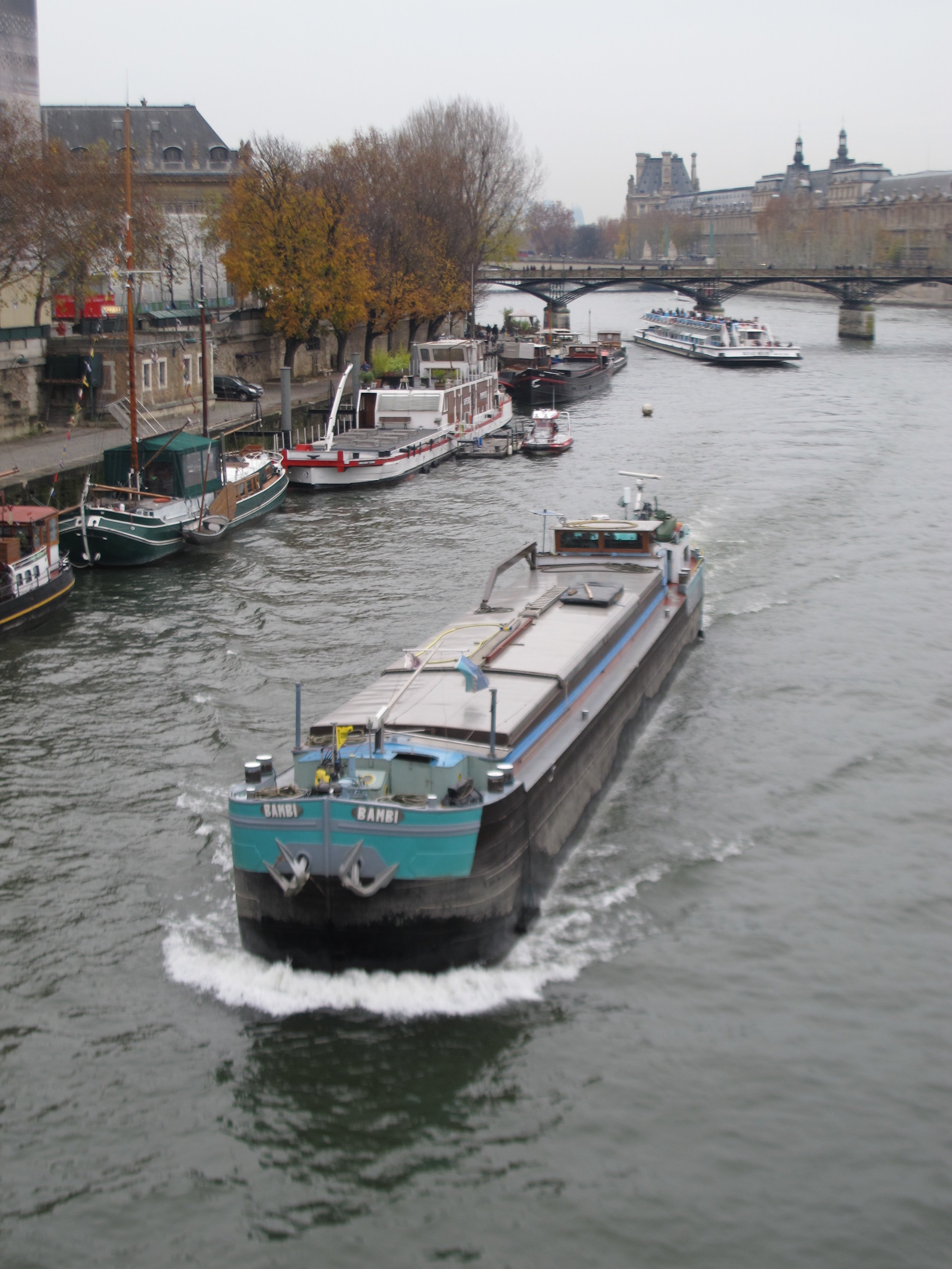 Peniche barge on the Seine Paris.JPG