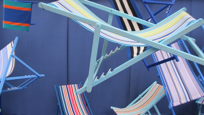 From top: The warp being spooled, espadrilles, chairs covered in the same canvas.   Photo Travellati Tours.