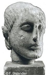 head of a man Iberian head stolen from Louvre_opt.jpg