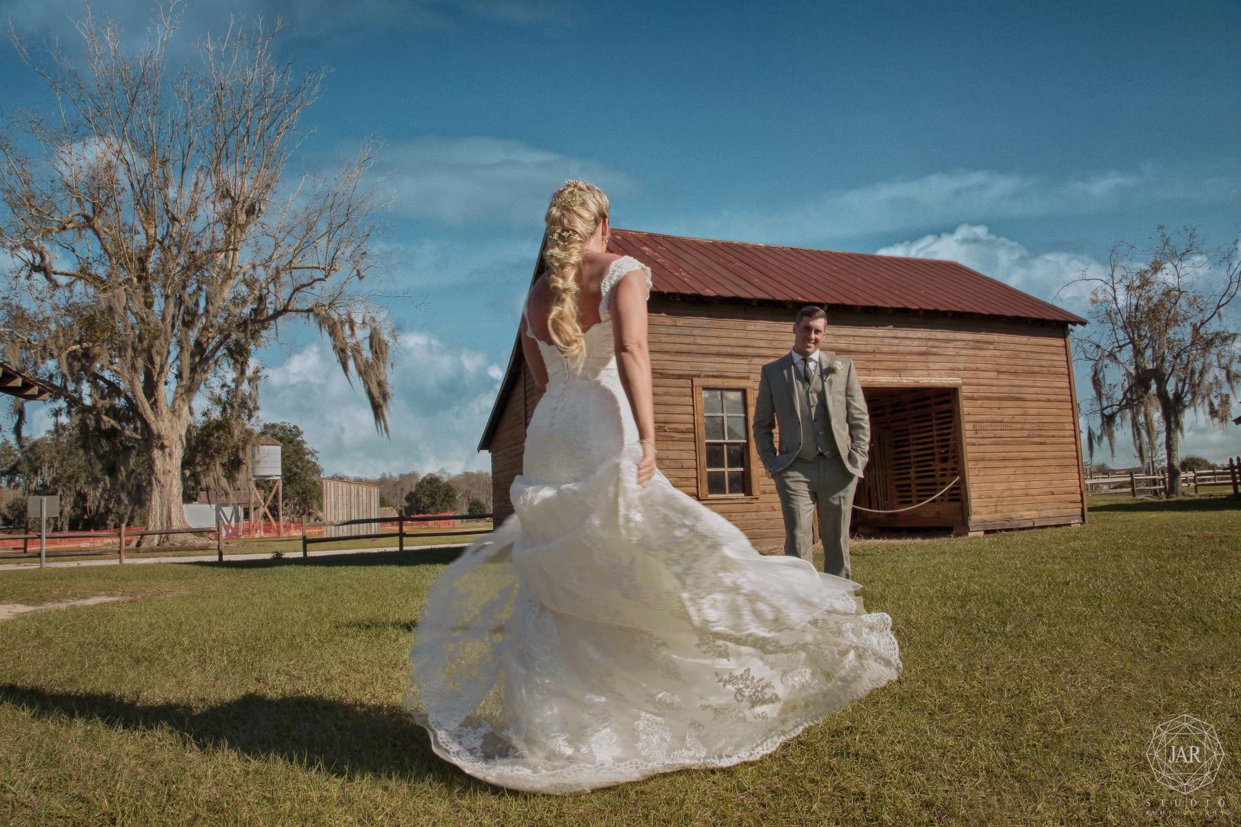 27-wedding-dress-rapunzel-bride-jarstudio.JPG