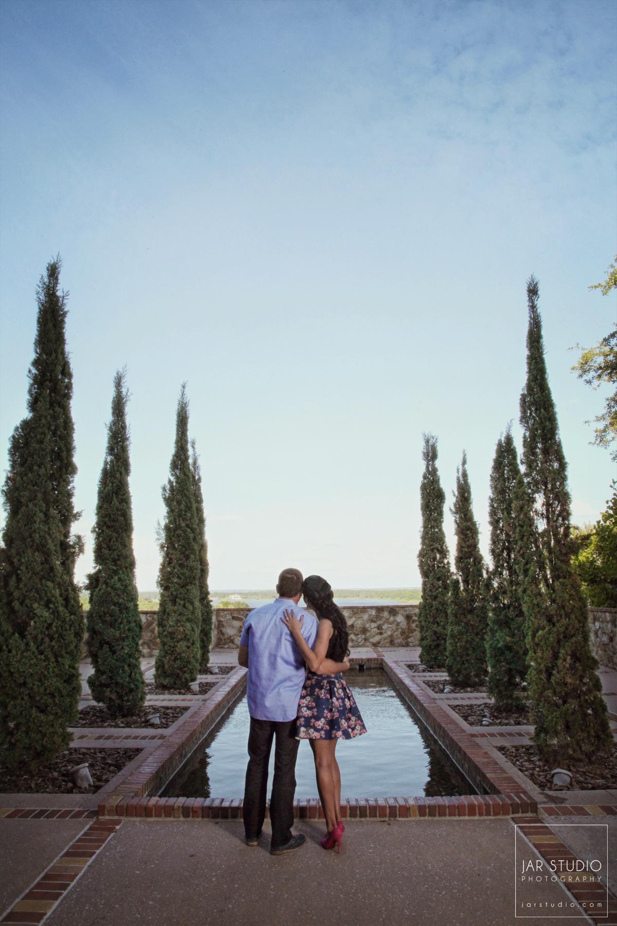 07-unique-tuscan-bella-collina-engagement-jarstudio.jpg