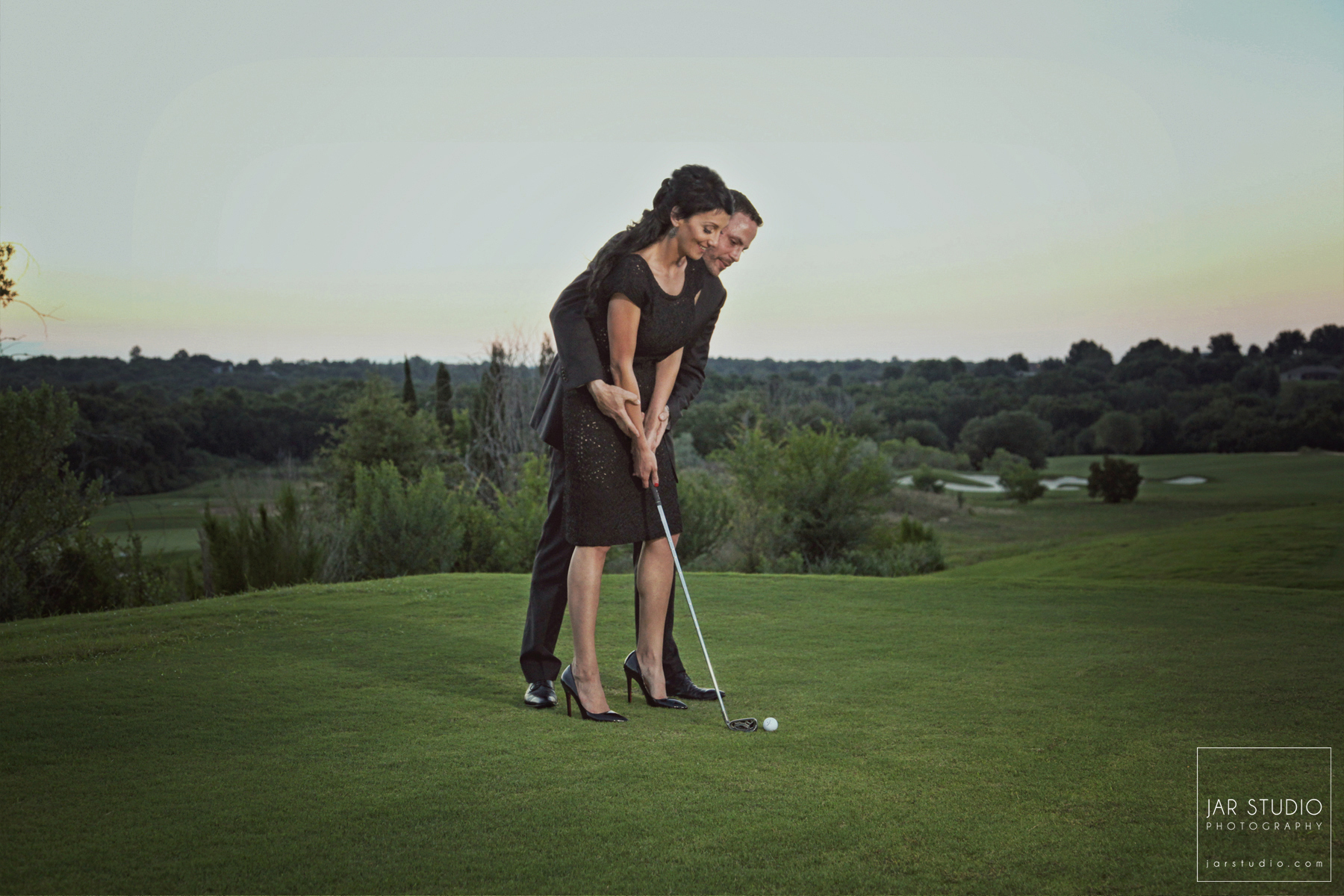 12-bella-collina-unique-golf-engagement-pictures-jarstudio.jpg