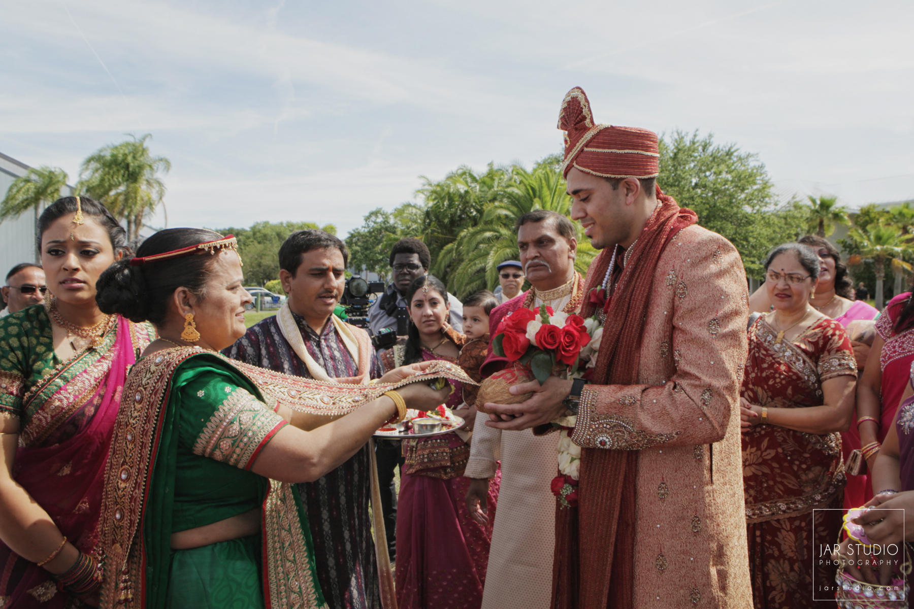 31-indian-barat-wedding-jarstudio-photography-orlando-fl.JPG
