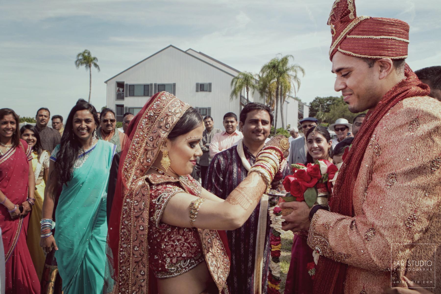 32-hindu-bride-groom-barat-jarstudio-photography-orlando-fl.JPG