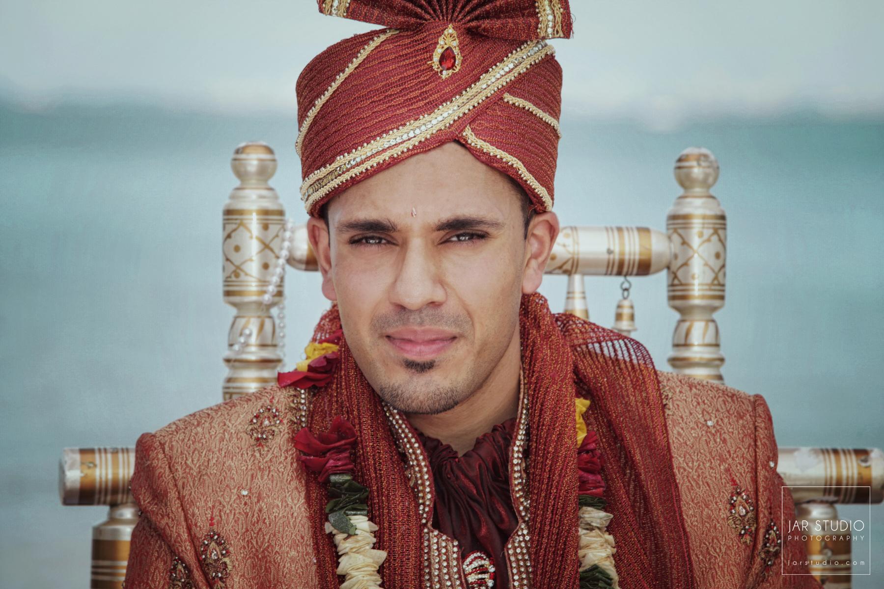 35-groom-Sherwani-jarstudio-indian-weddings-photography-florida.JPG