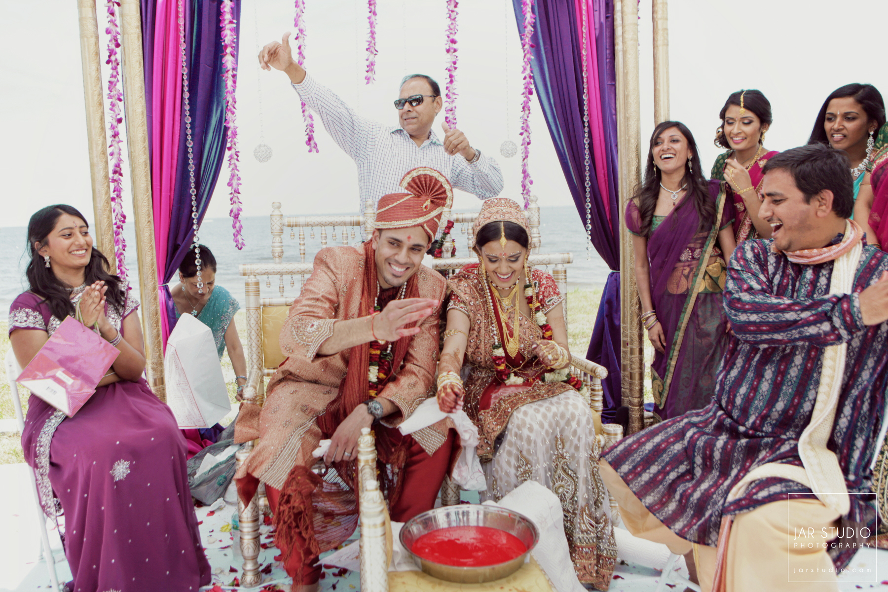 42-hindu-wedding-ceremony-decor-jarstudio-photography-orlando.JPG