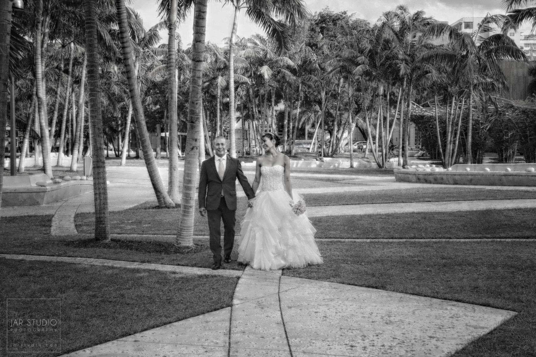13-disney-asian-wedding-photographer.JPG