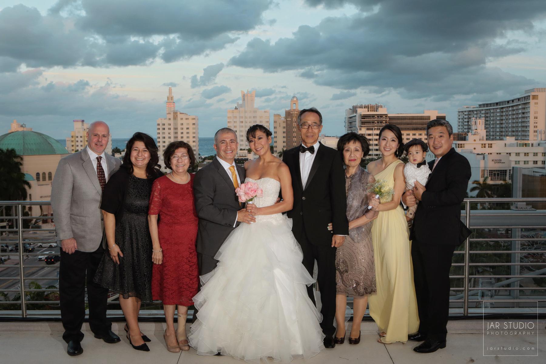 28-jarstudio-asian-family-wedding-portrait-photographer.jpg