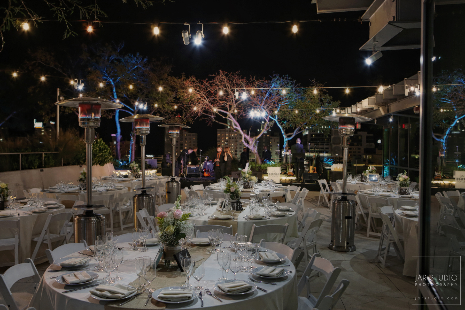 30-elegant-roof-top-wedding-venue-jarstudio-photography-orlando.JPG