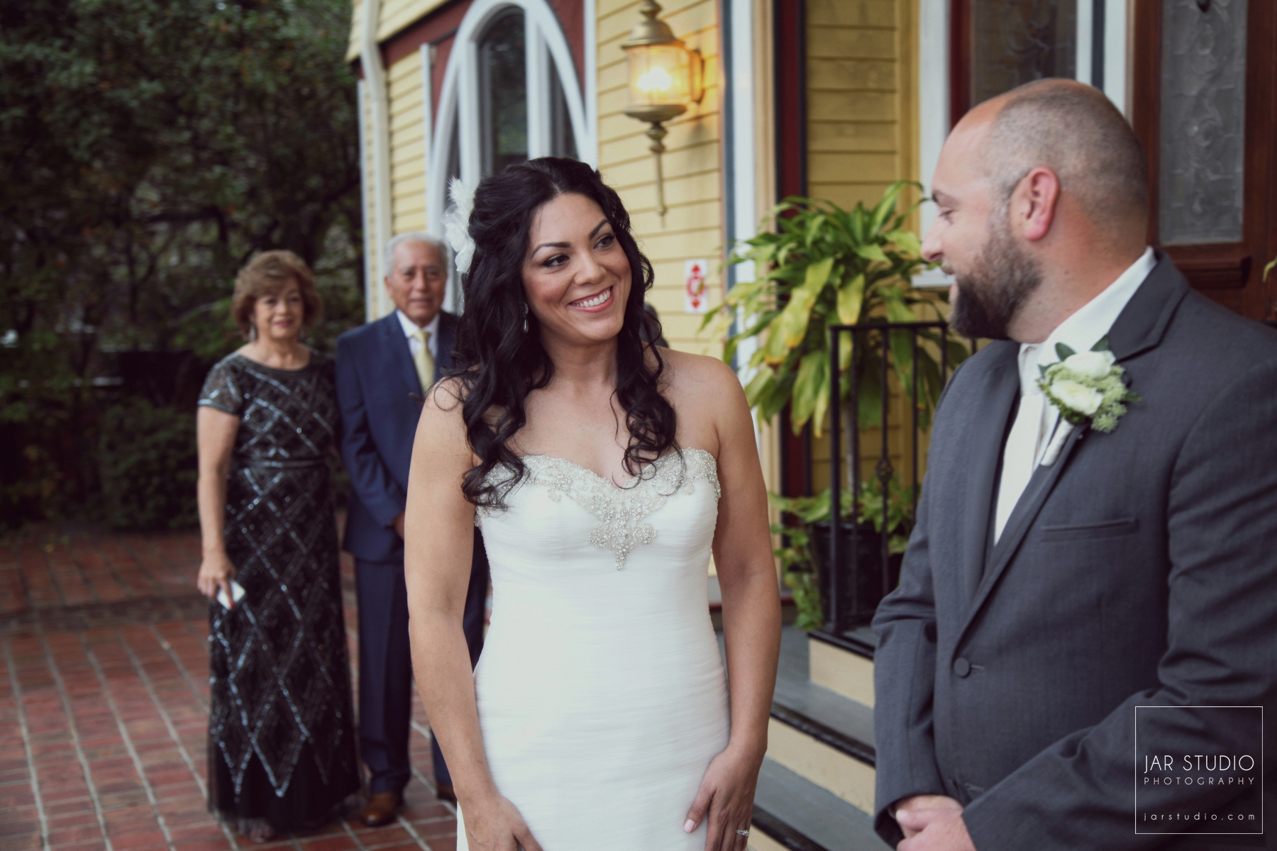 14-first-look-dr-phillips-house-jarstudio-wedding-photography.JPG