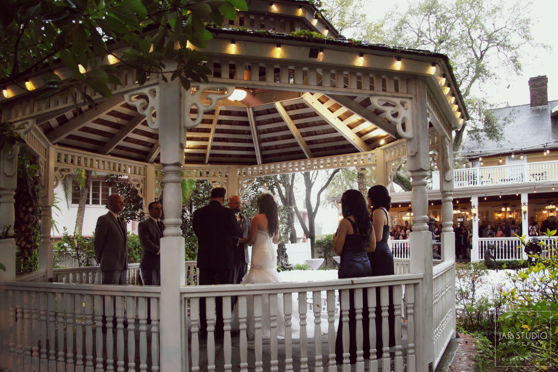 19-wedding-gazebo-dr-phillips-house-jarstudio-photography.JPG