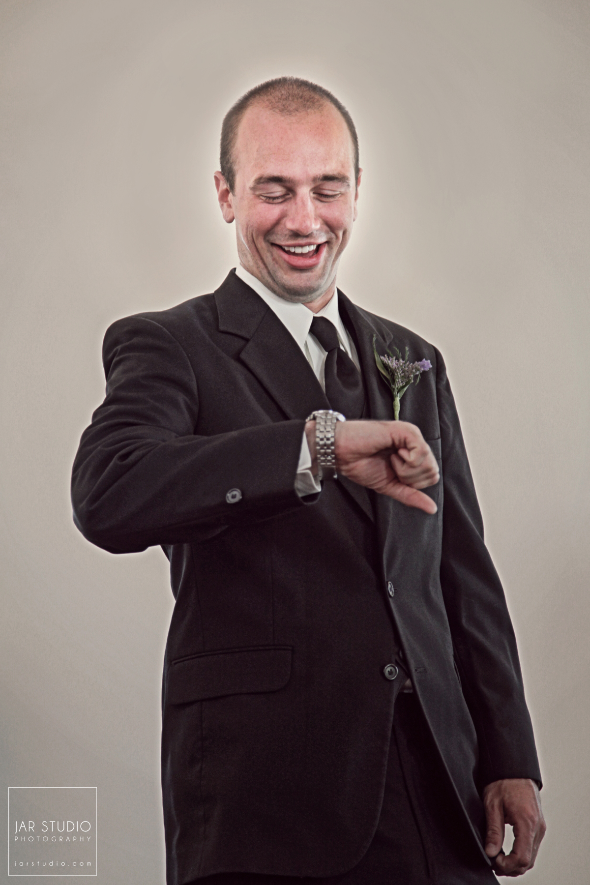08-groom-portrait-black-tie-jarstudio-photography.JPG