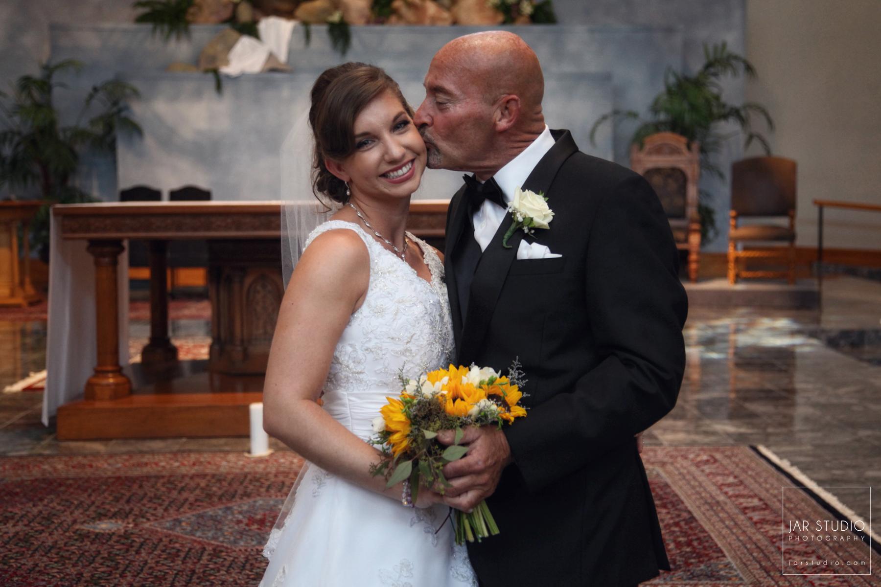 09-father-of-the-happy-bride-jarstudio-photography-orlando.JPG