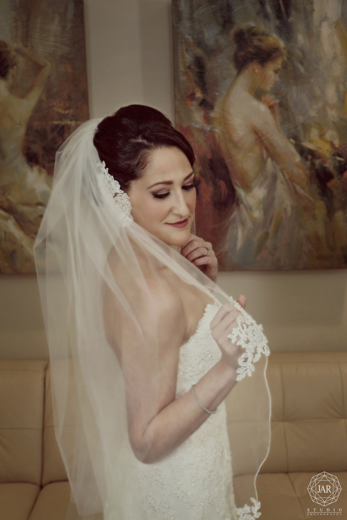 07-beautiful-bride-veil-orlando-jarstudio-photography.JPG