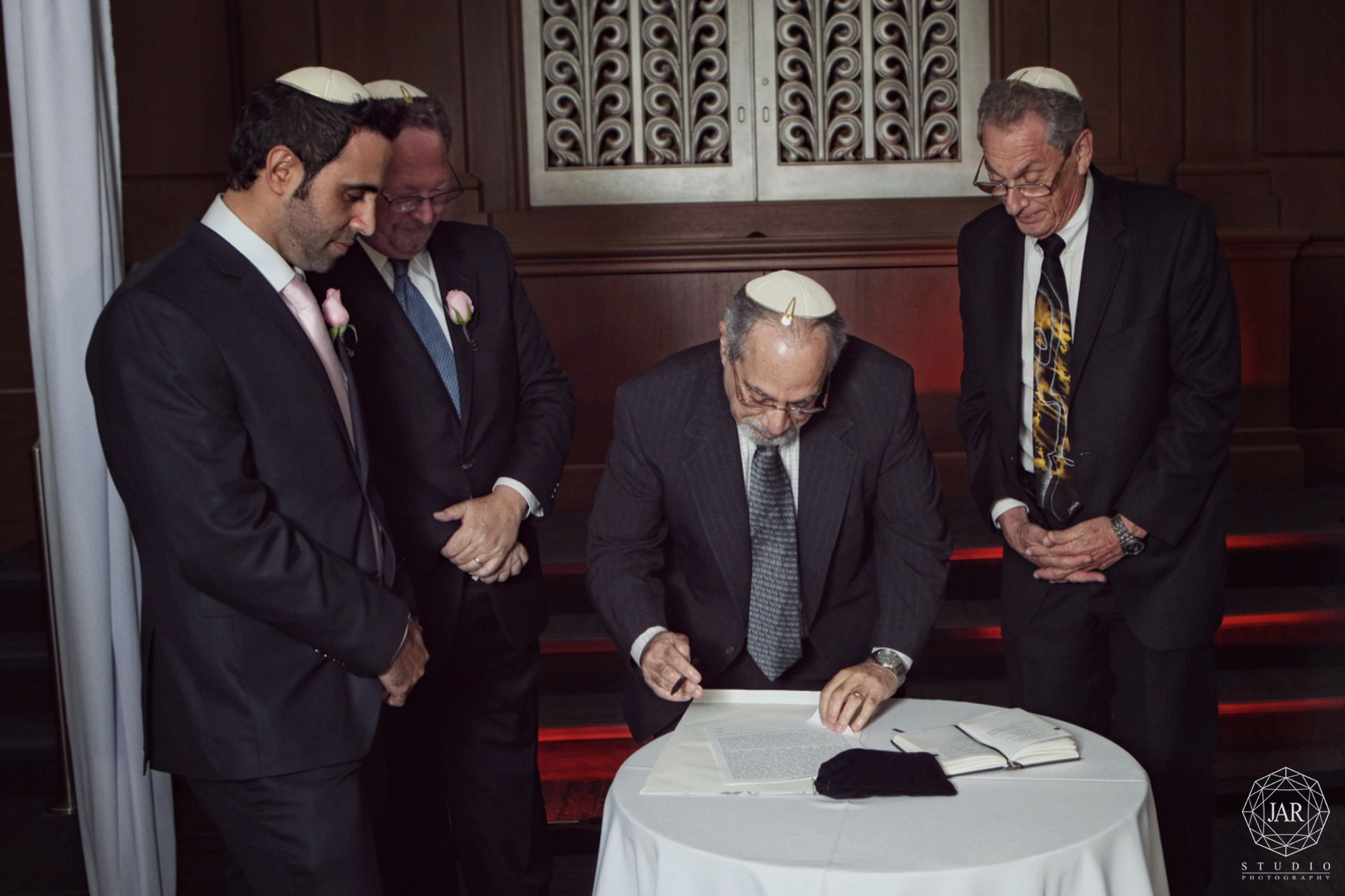 15-ketubah-signing-orlando-jewish-wedding-photography-jarstudio.JPG