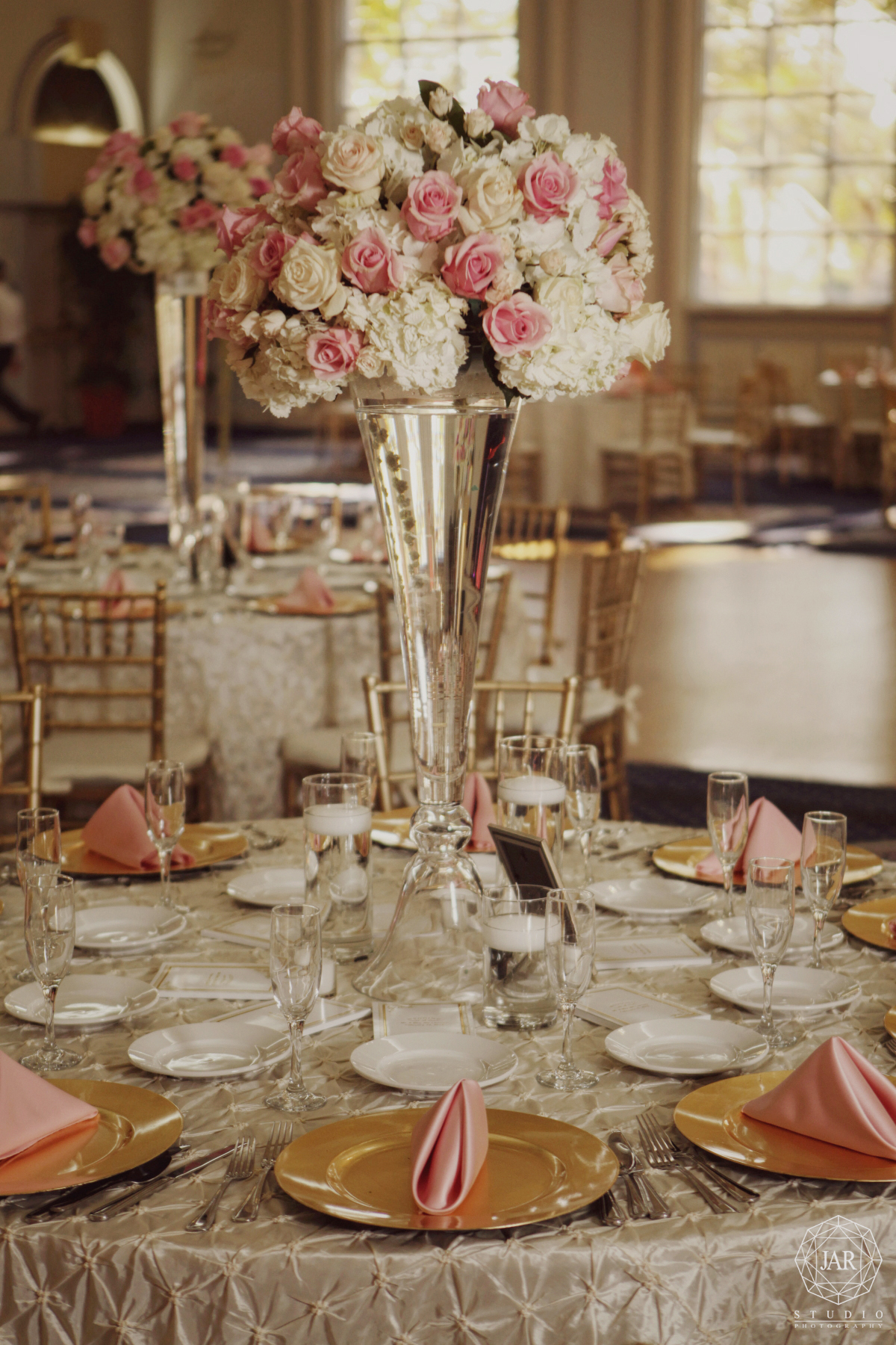 29-jewish-wedding-venue-flowers-tables-jarstudio-photography-orlando.JPG