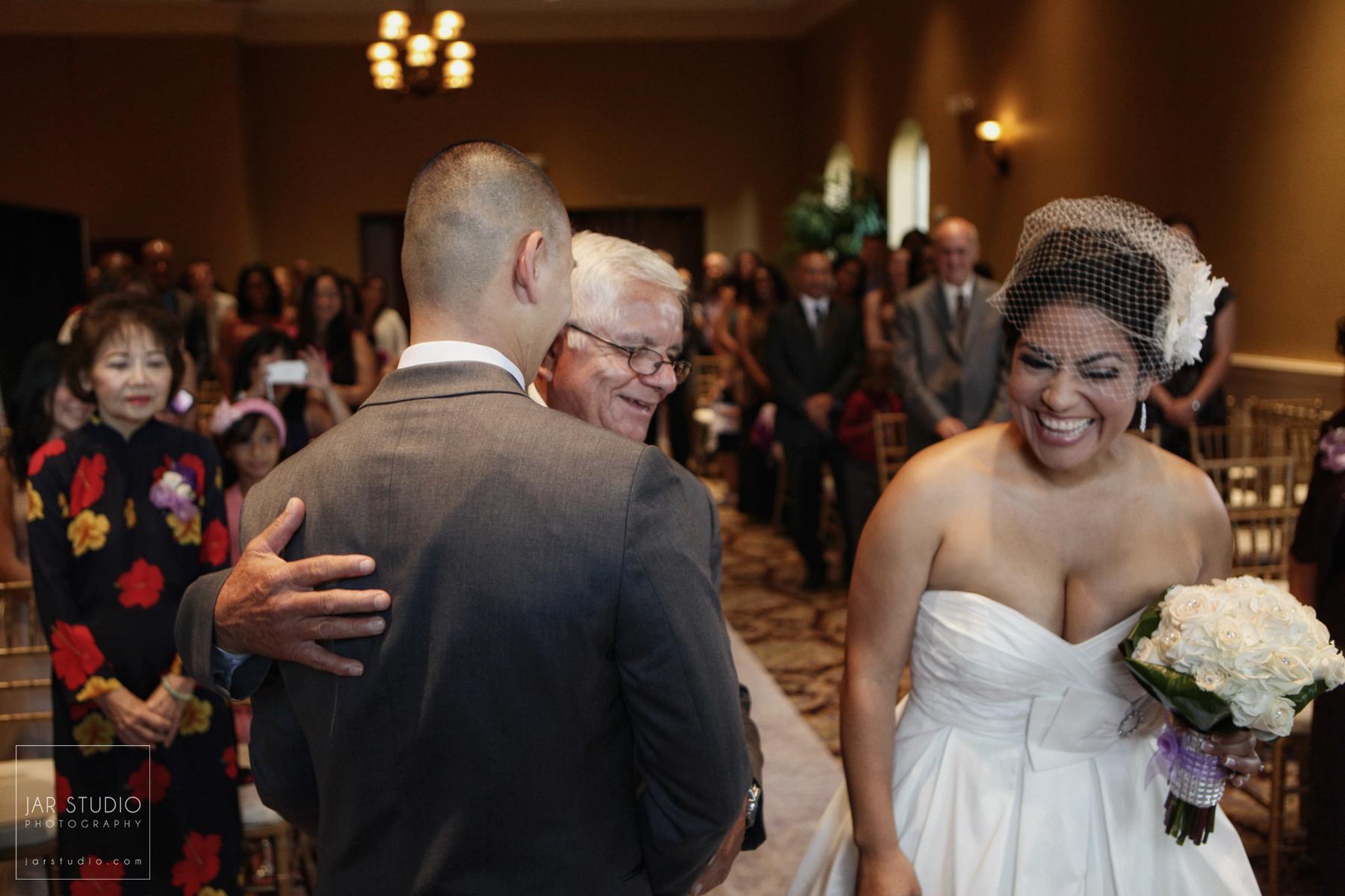 11-ceremony-fun-orlando-wedding-photographer.JPG