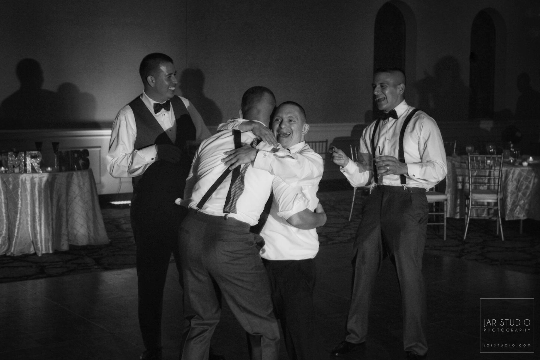 29-groom-groomsmen-party-fun-orlando-photographer-weddings.JPG