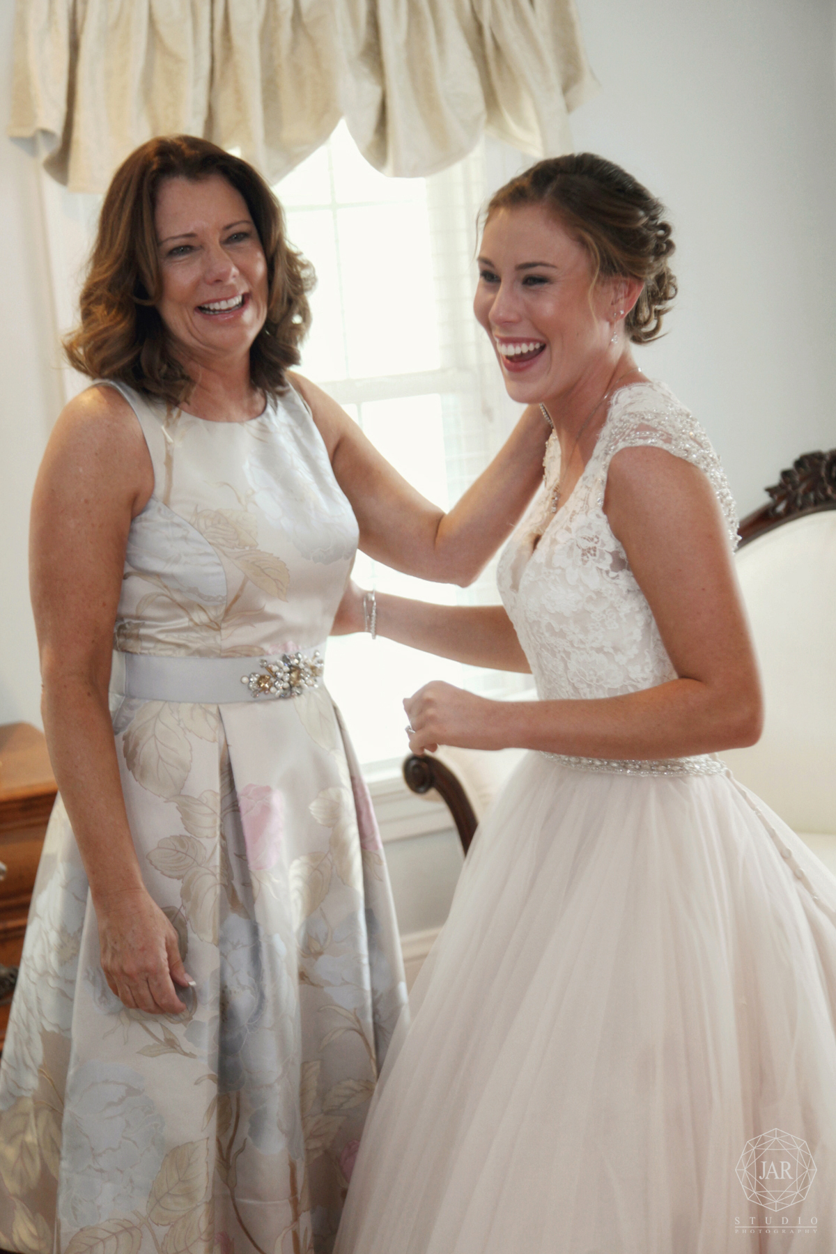 Mother and bride fun moment Orlando wedding photography