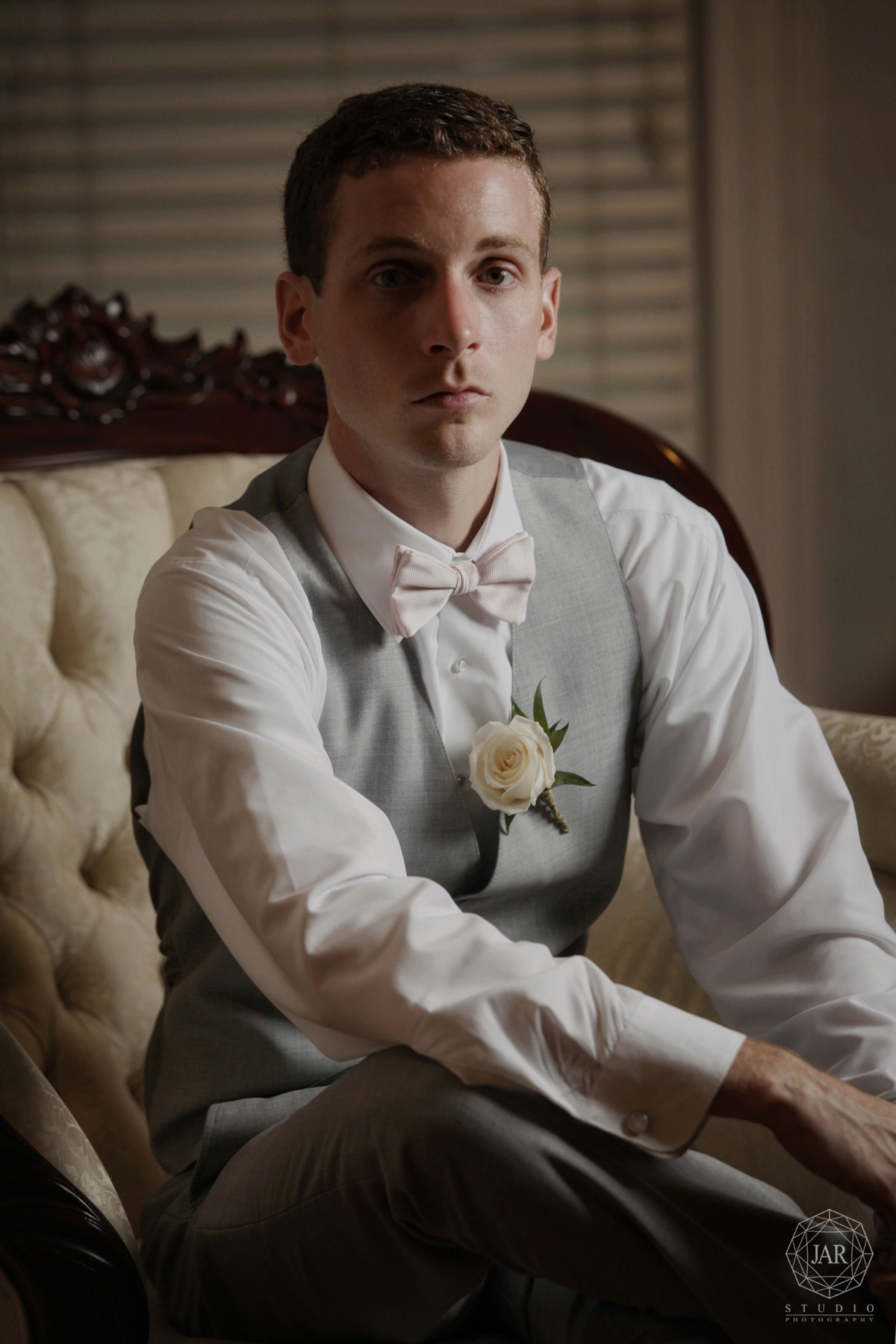 groom-wedding-day-portrait-orlando-photographer