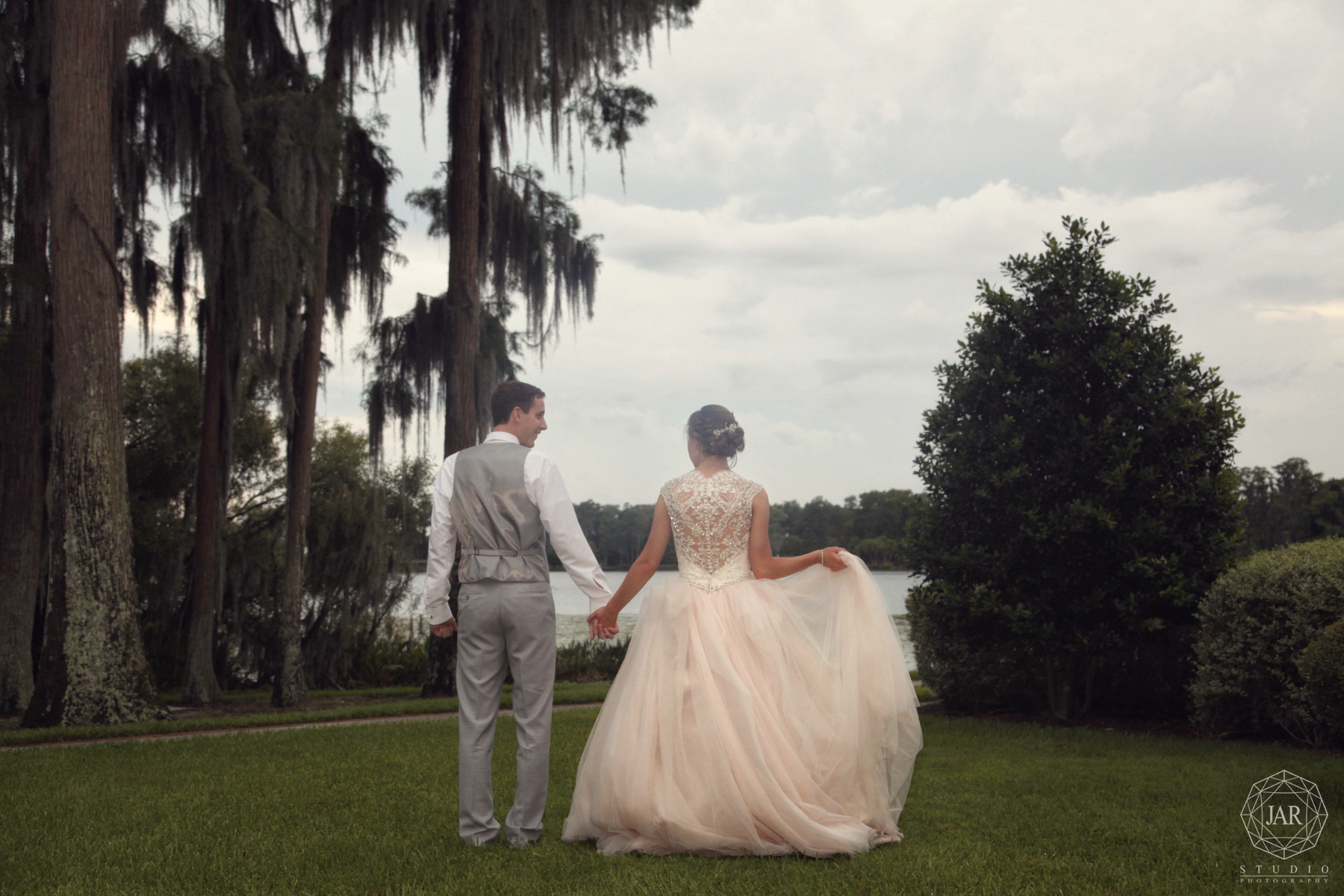 Chic modern outdoor wedding orlando fl photographer