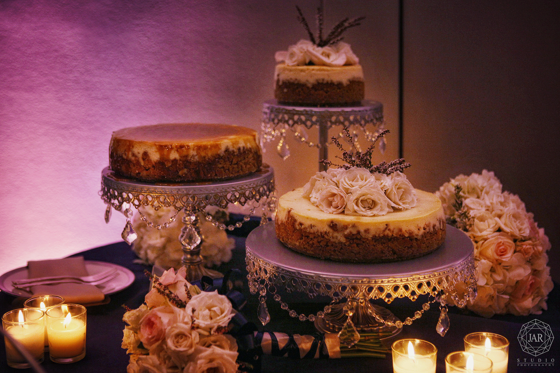 21-elegant-cheesecake-wedding-cake-beautiful-orlando-museum-photographer.JPG
