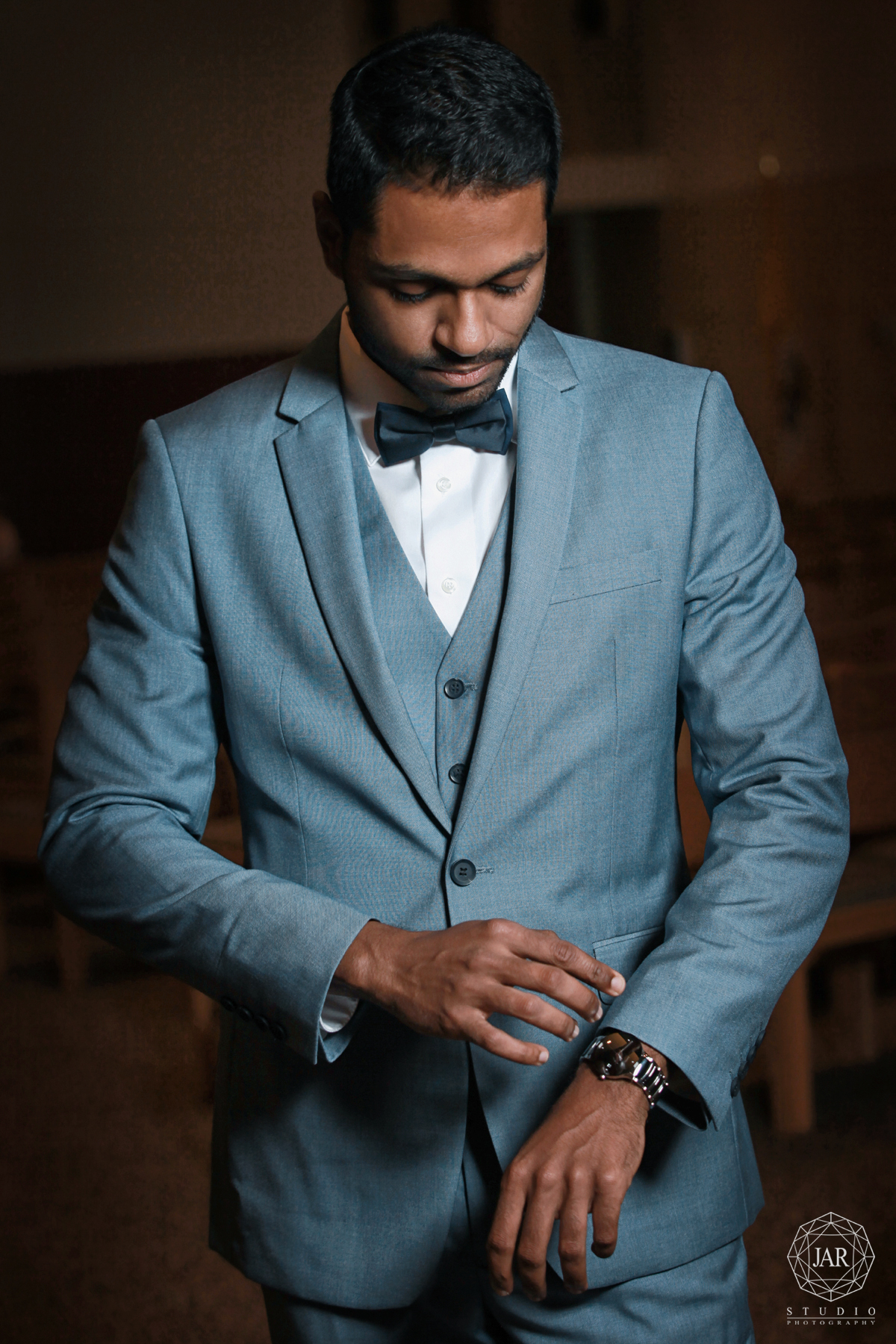 11-modern-indian-groom-elegant-weddings-orlando-photography-jarstudio.jpg