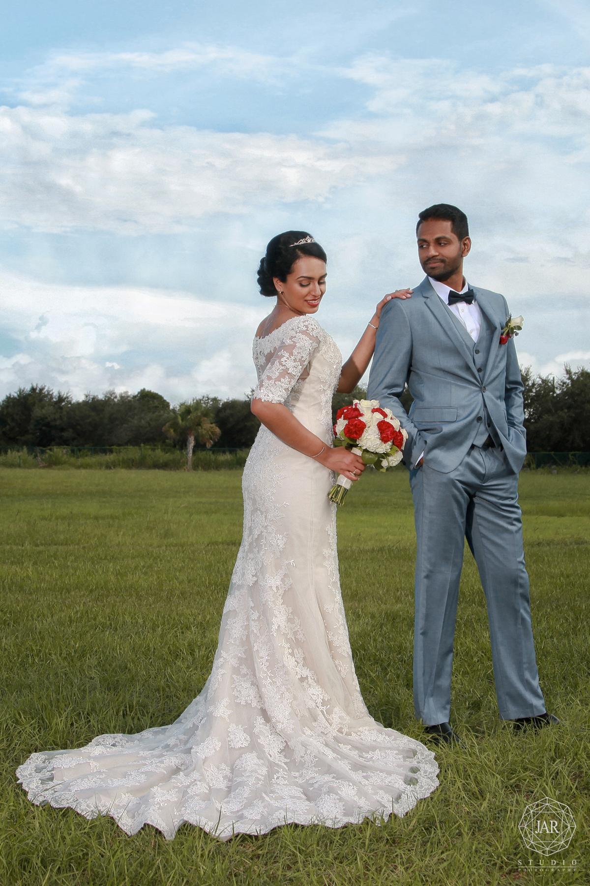 28-modern-wedding-trends-2017-beautiful-jarstudio-photography.jpg