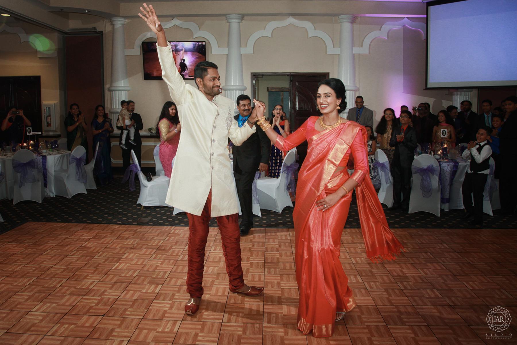 33-traditional-indian-wedding-saree-reception-venues-orlando-fl-photographer.jpg