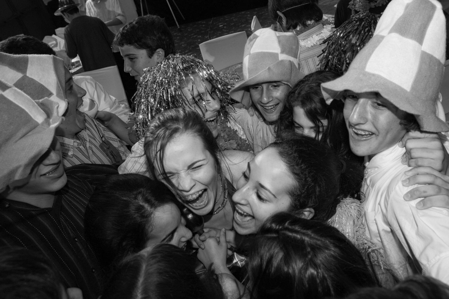 31-celebrating-fun-bat-mitzvah-party-props-orlando-photographer.JPG