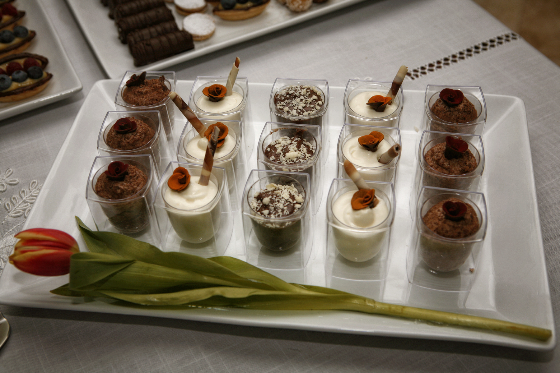 42-kosher-gourmet-desserts-high-end-event-photography.JPG