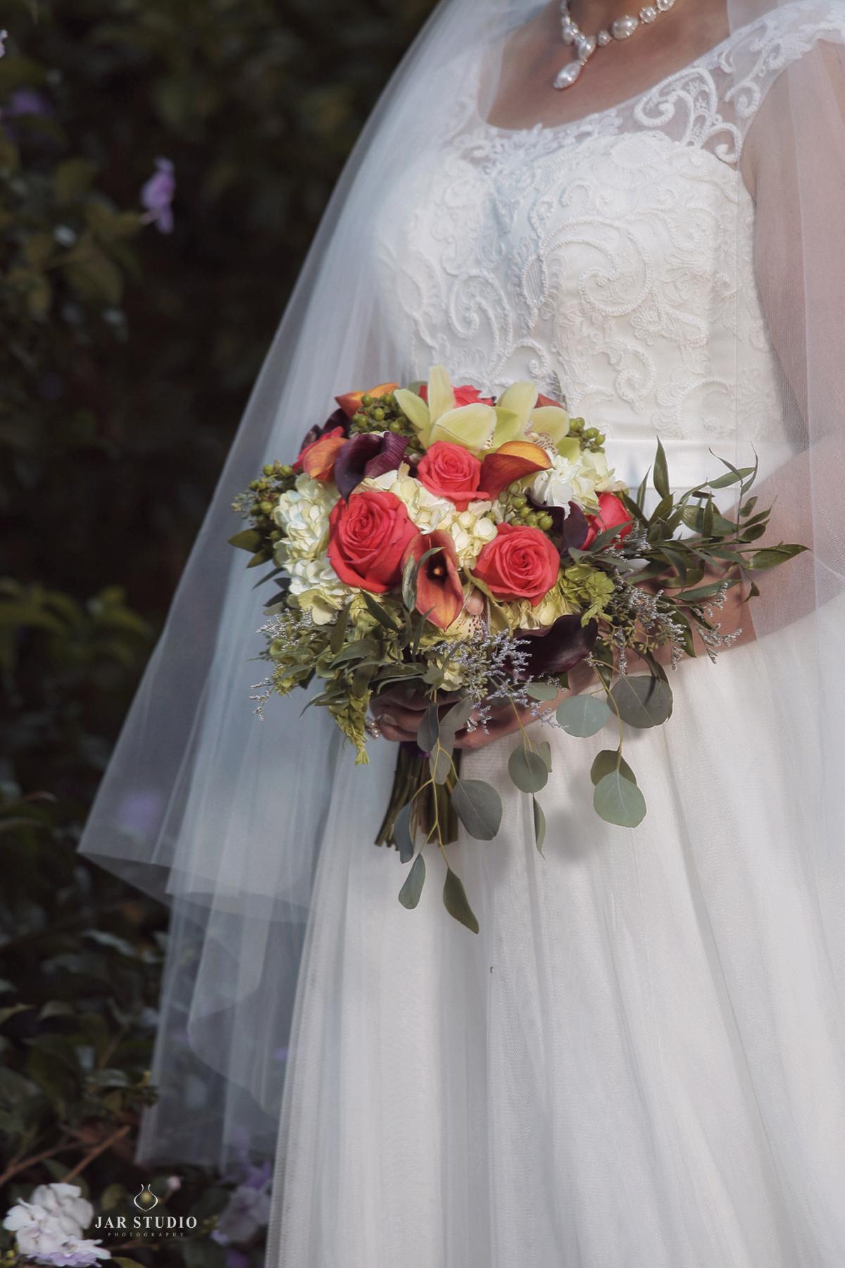 02-bright-Cascading-Bridal-Bouquet-jarstudio-orlando-fl.JPG