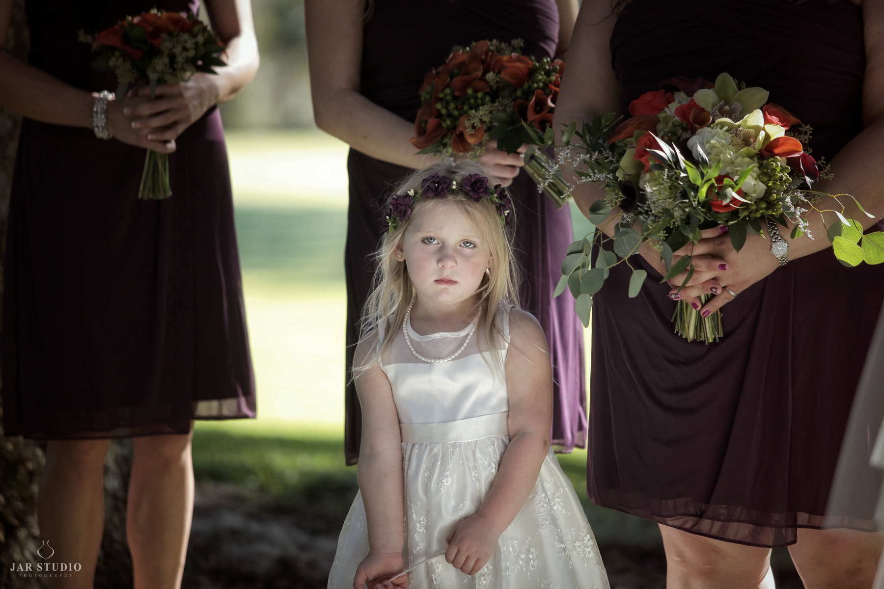 07-purple-fall-wedding-colors-bright-palette-flower-girl-jarstudio-photography.JPG