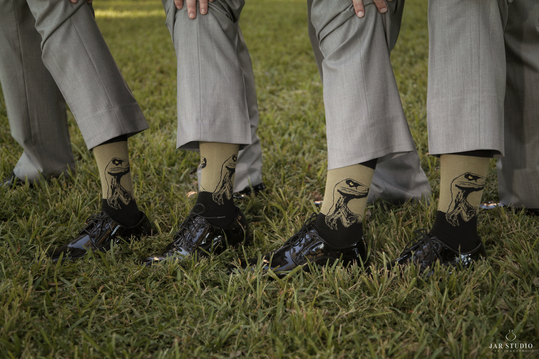 14-groomsmen-matching-socks-cool-dinosaurs-jarstudio-photography.JPG
