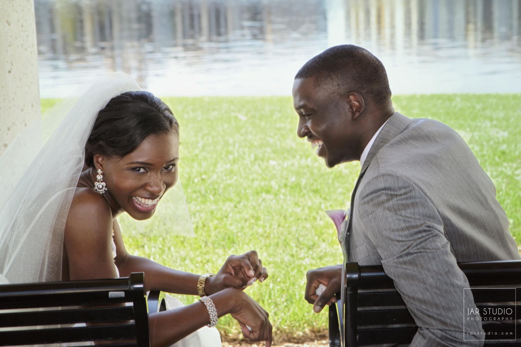 18-happy-bride-groom-wedding-photographer-jarstudio.JPG