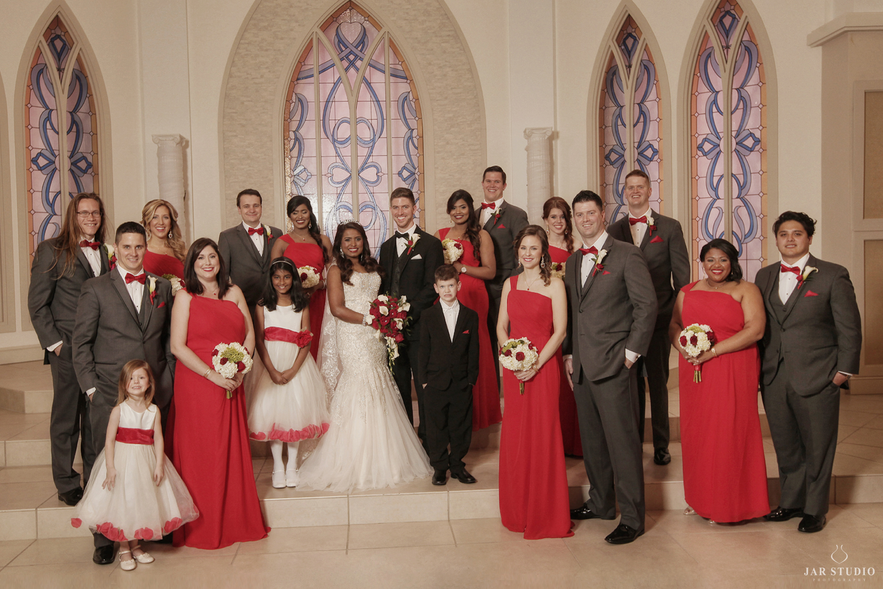 21-red-gray-ivory-wedding-color-trend-elegant-orlando-photographer-jarstudio.JPG