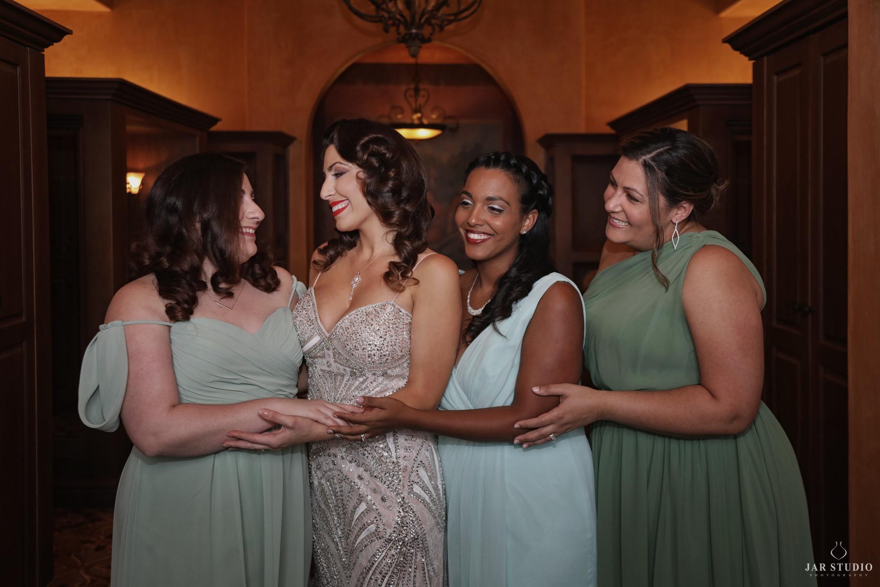 07-beautifull-italian-bride-bridemaids-sage-jarstudio.jpg