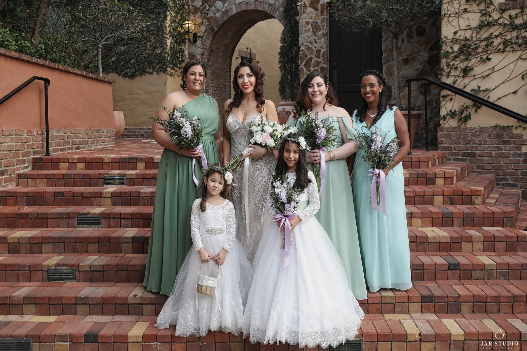 08-modern-elegant-wedding-colors-jarstudio.jpg