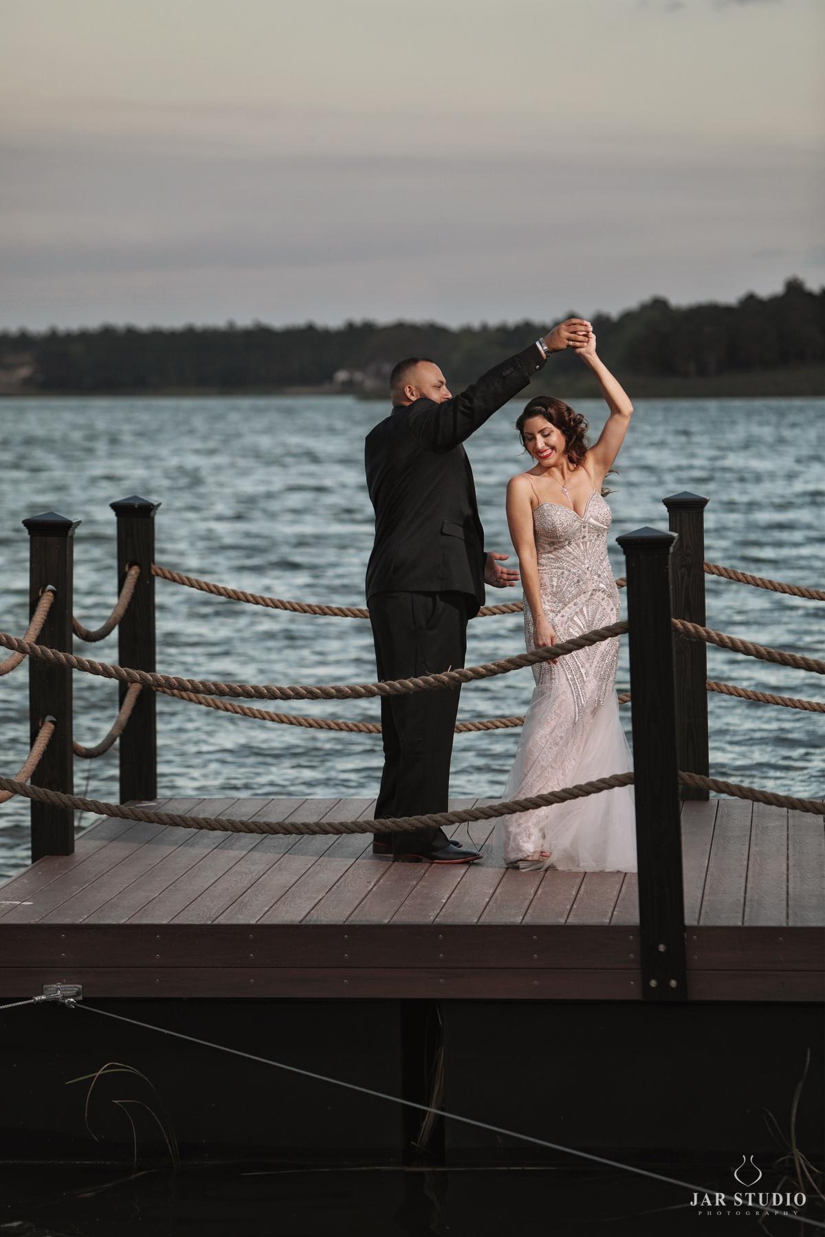 26-fl-lake-wedding-photography-jarstudio.jpg