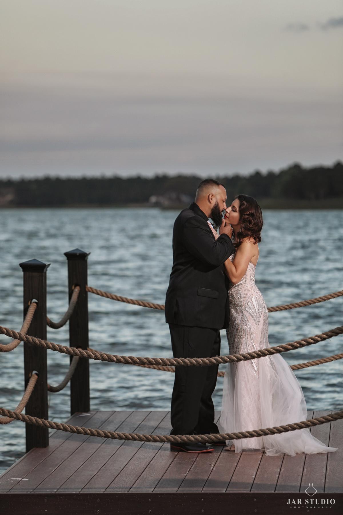 27-BH-amazing-bride-groom-photography-jarstudio.jpg