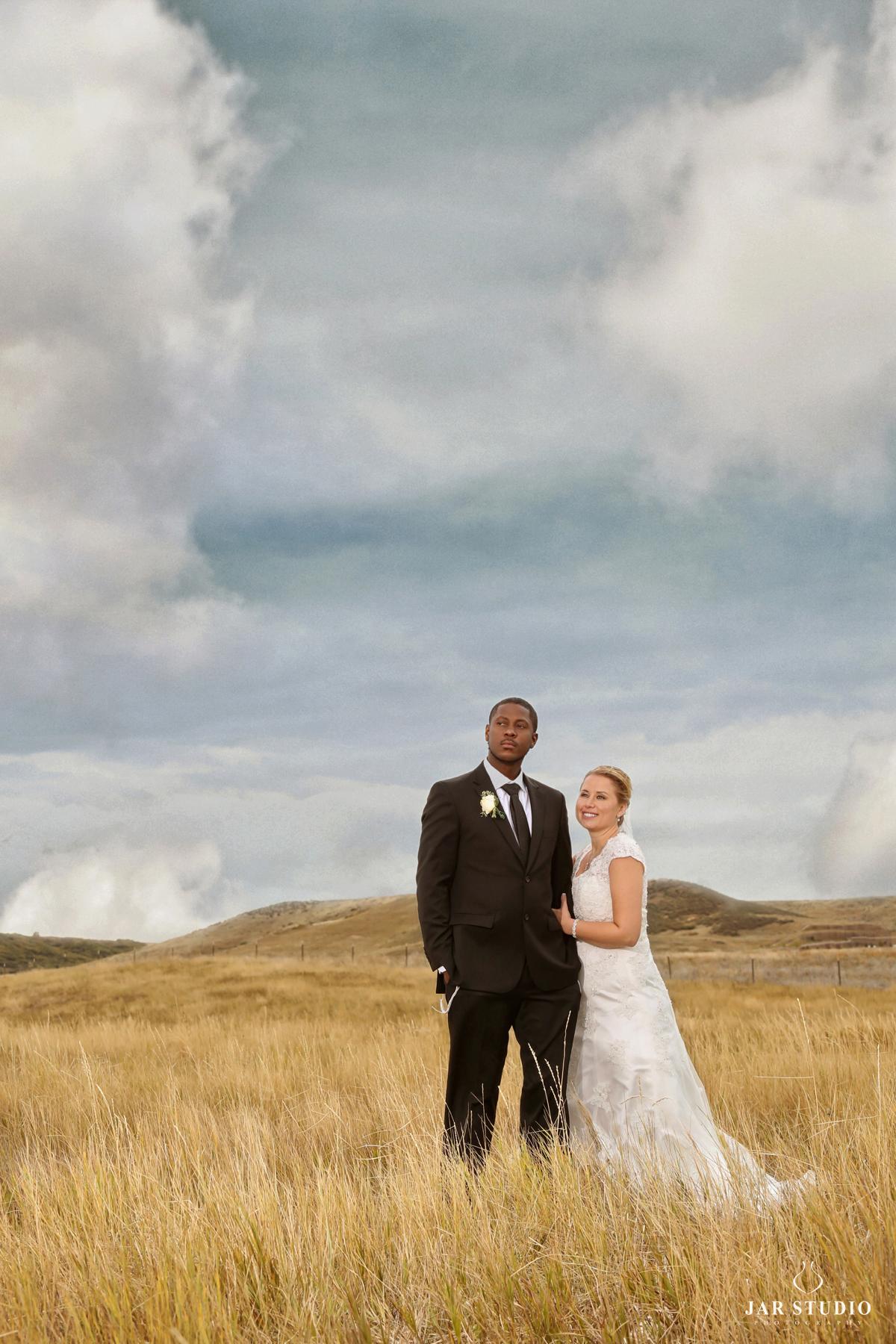 21-unique-wedding-portrait-jarstudio.jpg