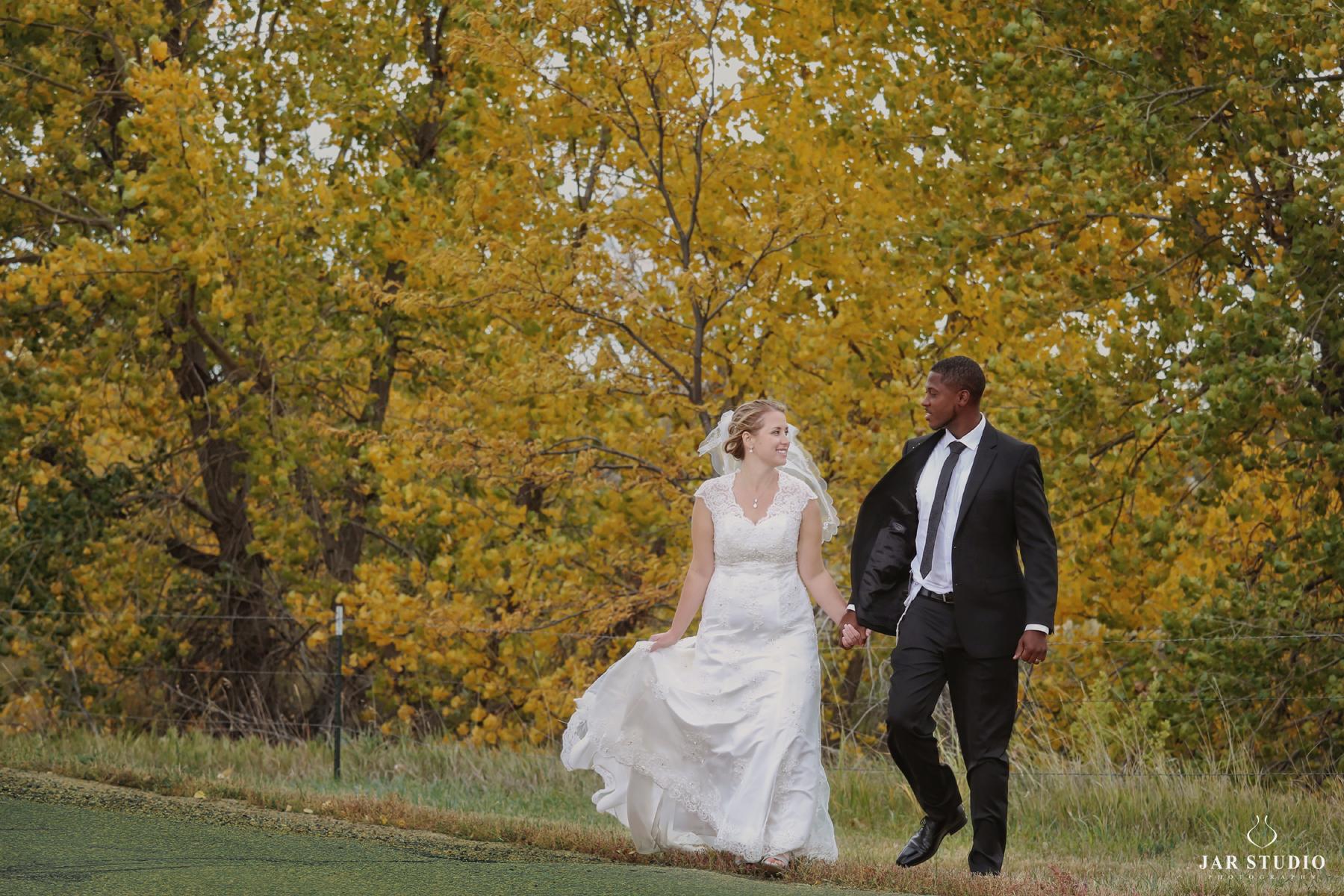 20-gorgeous-fl-fall-wedding-outdoor-portraits-jarstudio.jpg